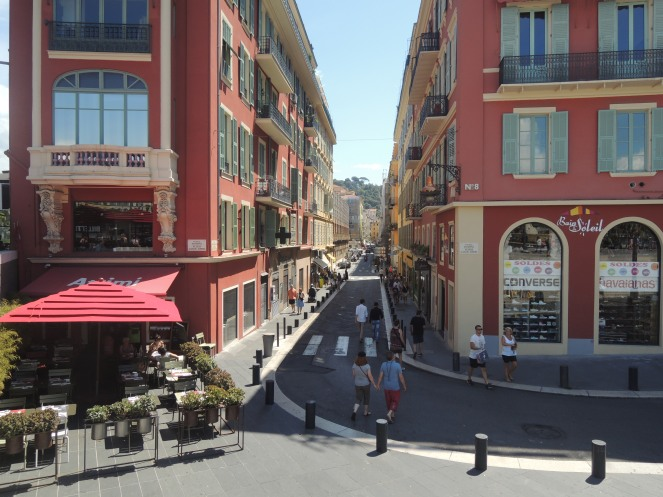 Nice Ville... where I did most of my souvenir shopping!